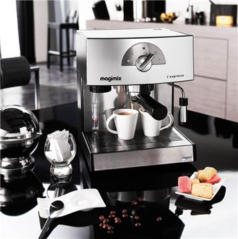 distinta machine caf expresso solo pompe delonghi bronze la casserolerie. Black Bedroom Furniture Sets. Home Design Ideas